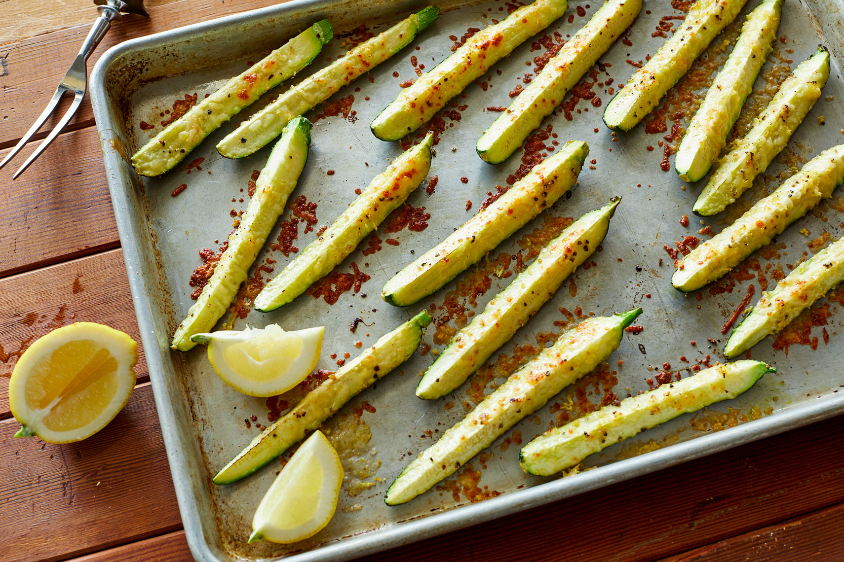 Sheet_Pan_Lemon_Garlic_Parmesan_Zucchini__08_222